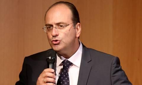 Λαζαρίδης: Μειώνεται αφορολόγητο, κόβονται συντάξεις