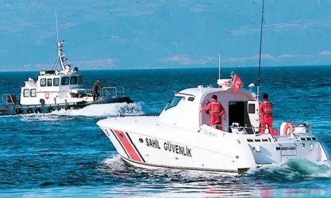 Ακρίτες ψαράδες: Μας απειλούν με όπλα οι Τούρκοι - Δεν τους φοβόμαστε (vid)