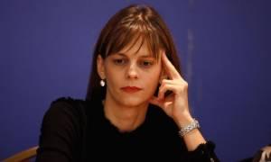 «Χρυσώνει το χάπι» η Αχτσιόγλου: Οι μειώσεις συντάξεων θα αντισταθμιστούν με μέτρα ελάφρυνσης