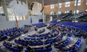 Γερμανική Βουλή: Καμία στήριξη στο ελληνικό πρόγραμμα αν δεν συμμετάσχει το ΔΝΤ