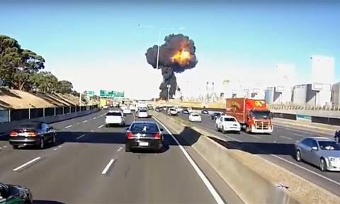 Νέο βίντεο από τη συντριβή του αεροσκάφους στη Μελβούρνη κόβει την ανάσα
