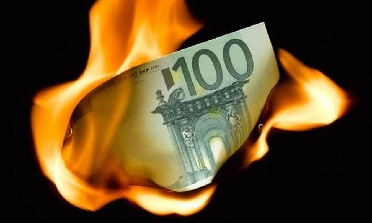 «Διαλύεται η Ευρωζώνη και το συγκαλύπτουν»
