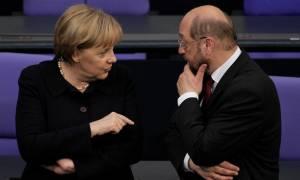 «Τρέμει» η Μέρκελ: Την προσπέρασε ο Σουλτς σε δημοσκόπηση
