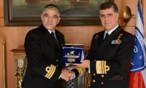 Βραβεύτηκε το πλήρωμα του «ΠΝ-35 S70B Aegean Hawk» (pis)