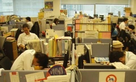 Γιατί οι Ιάπωνες την τελευταία Παρασκευή κάθε μήνα θα φεύγουν νωρίτερα από τη δουλειά τους