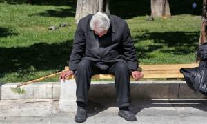 «Στρατιές»... φτωχών συνταξιούχων: Στα 600 ευρώ οι νέες μέσες συντάξεις! Αναλυτικά παραδείγματα