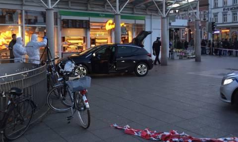 Γερμανία: Οι πρώτες εικόνες από την επίθεση στη Χαϊδελβέργη (pics)