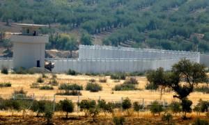 Τι φοβάται ο Ερντογάν; Τείχος μήκους 290 χιλιομέτρων ανήγειρε στα σύνορα η Τουρκία (Pics)