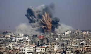 Ισραήλ: Τέσσερις Παλαιστίνιοι τραυματίστηκαν σε επιχειρήσεις του ισραηλινού στρατού στη Γάζα