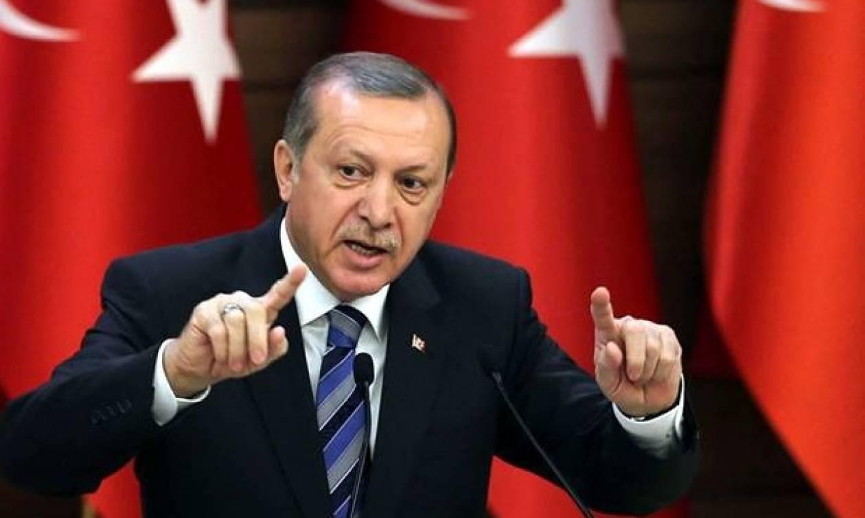 Ερντογάν: Επόμενος στόχος η Ράκα - Έριξε τις μετοχές της Χουριέτ