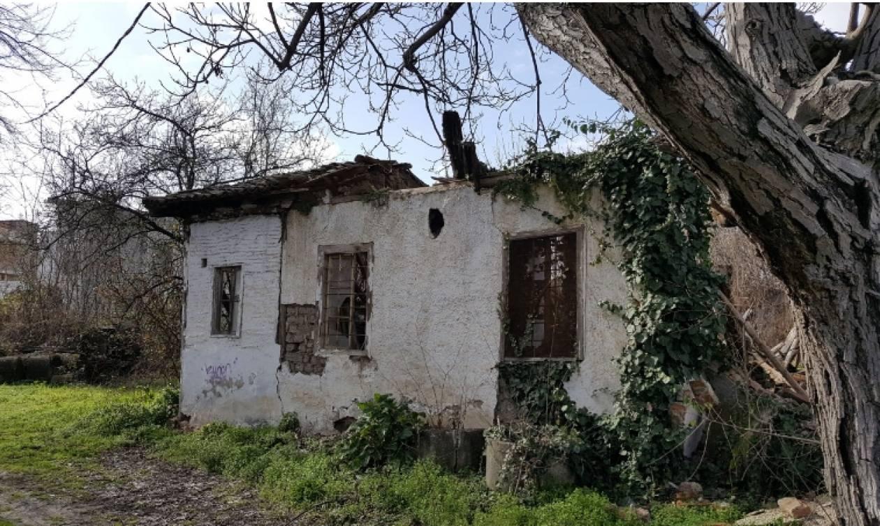 ΣΟΚ: Γκρεμίστηκε το σπίτι του Αγίου Εφραίμ στα Τρίκαλα (φωτό)