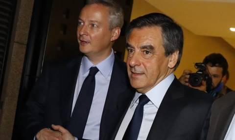 Γαλλία: Χωρίς συμμάχους ο Φιγιόν - Αποχώρησε ο Λε Μερ