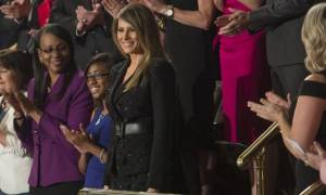 ΗΠΑ: Εντυπωσιακή η Μελάνια - Τράβηξε τα βλέμματα σε ομιλία του Τραμπ (pics+vid)