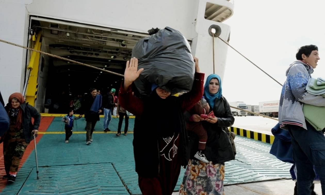 Εβδομήντα ένας πρόσφυγες έφτασαν στη Σάμο - Συνελήφθη ο Τούρκος διακινητής
