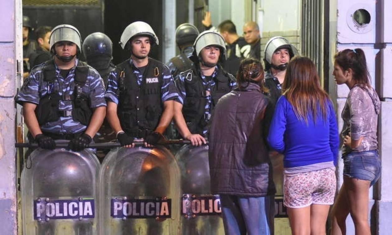 Φρίκη στην Αργεντινή: Επτά κρατούμενοι κάηκαν ζωντανοί από πυρκαγιά σε αστυνομικό τμήμα (Pics+Vid)