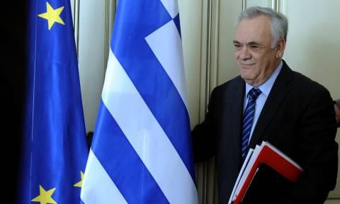 Επιμένει ο Δραγασάκης: Η συμφωνία με τους δανειστές θα κλείσει σύντομα