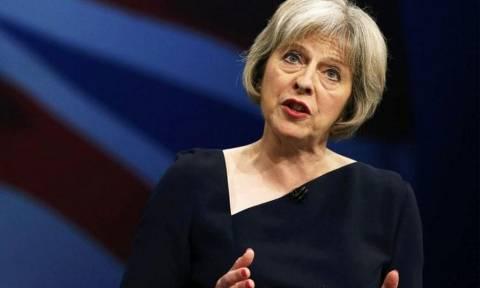 Τερέζα Μέι: Δεν υπάρχει οικονομικό επιχείρημα υπέρ της διάσπασης του Ηνωμένου Βασιλείου