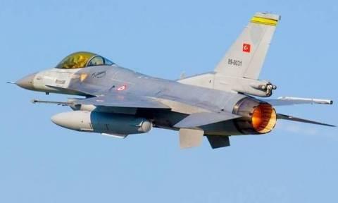 Νέες παραβιάσεις από οπλισμένα τουρκικά μαχητικά πάνω από το Αιγαίο