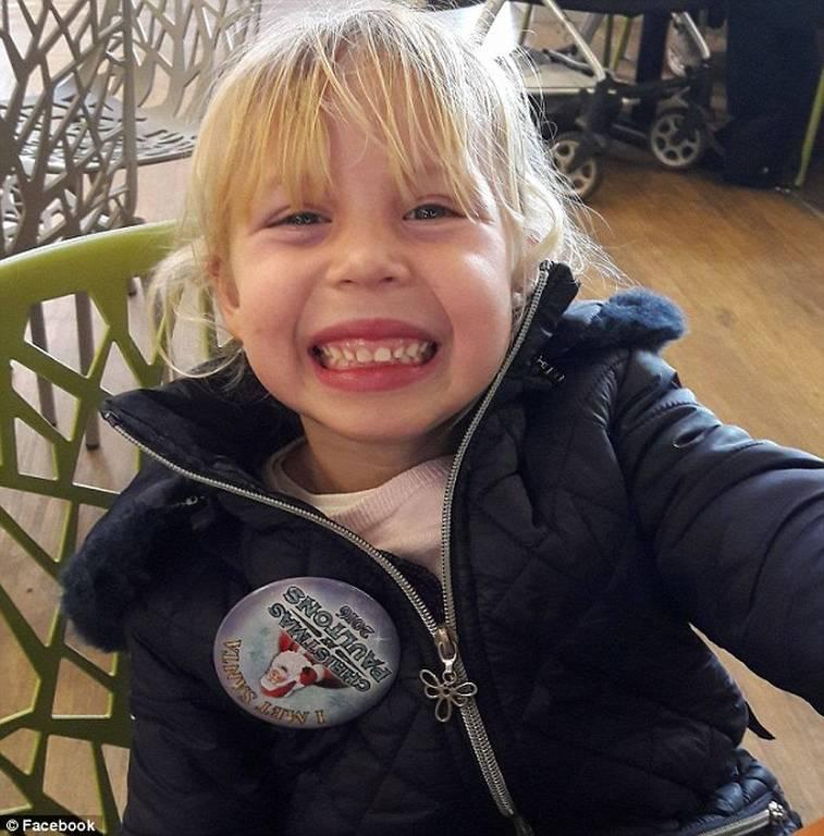 Σοκ: Χαροπαλεύει 4χρονη - Τη «ρούφηξε» το τζακούζι (pics)