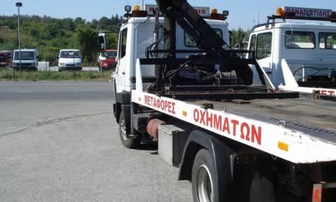 Άγρια καταδίωξη στην εθνική οδό: Έκλεψε γερανοφόρο και οδηγούσε στο αντίθετο ρεύμα κυκλοφορίας