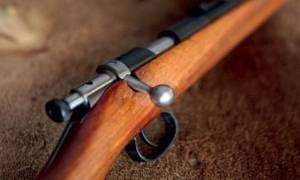 Απίστευτη τραγωδία στο Βόλο: 85χρονος αυτοπυροβολήθηκε με κυνηγετικό όπλο