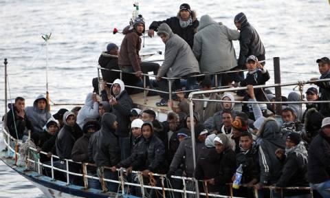 Περισσότεροι από 14.000 είναι οι εγκλωβισμένοι μετανάστες στα νησιά του ανατολικού Αιγαίου