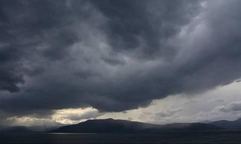 Καιρός σήμερα: Ο χειμώνας επιστρέφει - Με βροχές η Δευτέρα (pics)