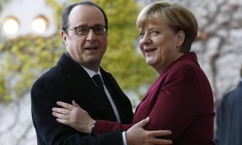 Συνάντηση στις Βερσαλλίες: Οι 4 ισχυροί για το οικοδόμημα της Ευρωζώνης
