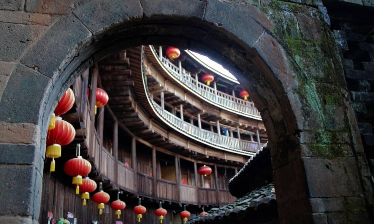 Κίνα: Οι Χαν, οι Χάκα και τα χωριά των φιλοξενούμενων