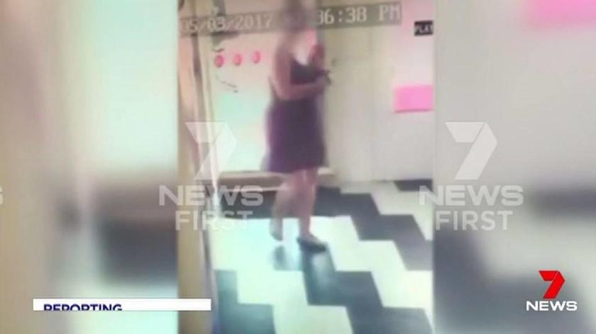 Φρίκη: Απήγαγαν 22χρονη τουρίστρια και τη βίαζαν επί δύο μήνες στο πίσω μέρος ενός βαν (Pics+Vid)