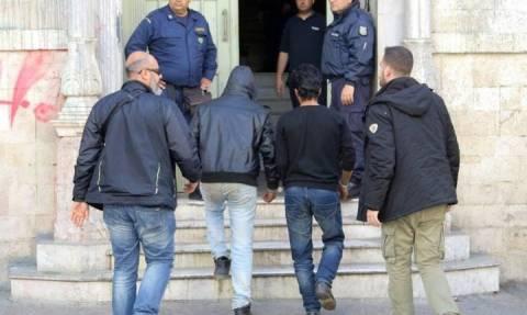 Ηράκλειο: Το δρόμο για τη φυλακή πήραν μέλη του διεθνούς κυκλώματος διακίνησης μεταναστών