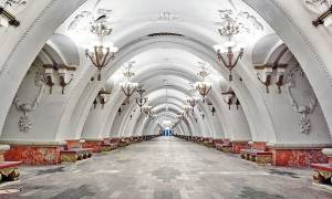 Το εντυπωσιακότερο Μετρό του κόσμου βρίσκεται στη Μόσχα και αυτές οι φωτογραφίες το αποδεικνύουν