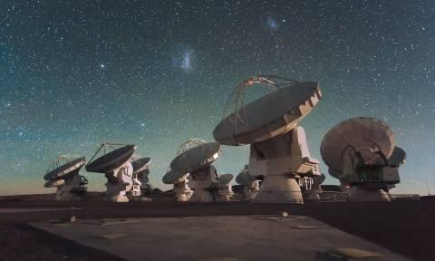 Ανακαλύφθηκαν η πιο μακρινή αστρόσκονη και το πιο μακρινό οξυγόνο στο σύμπαν!