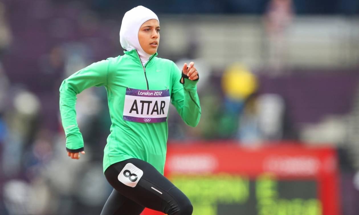 ΗΠΑ: Η Nike λανσάρει για πρώτη φορά μαντίλα ειδικά σχεδιασμένη για μουσουλμάνες αθλήτριες (Vid)