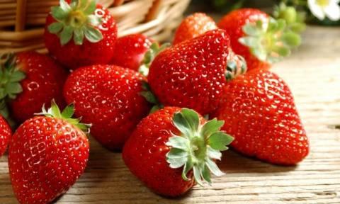 Αυτά είναι τα 12 πιο μολυσμένα με φυτοφάρμακα φρούτα και λαχανικά