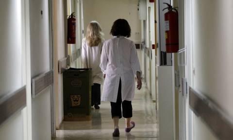Σταδιακά οι 2.000 προσλήψεις μόνιμων γιατρών στο ΕΣΥ