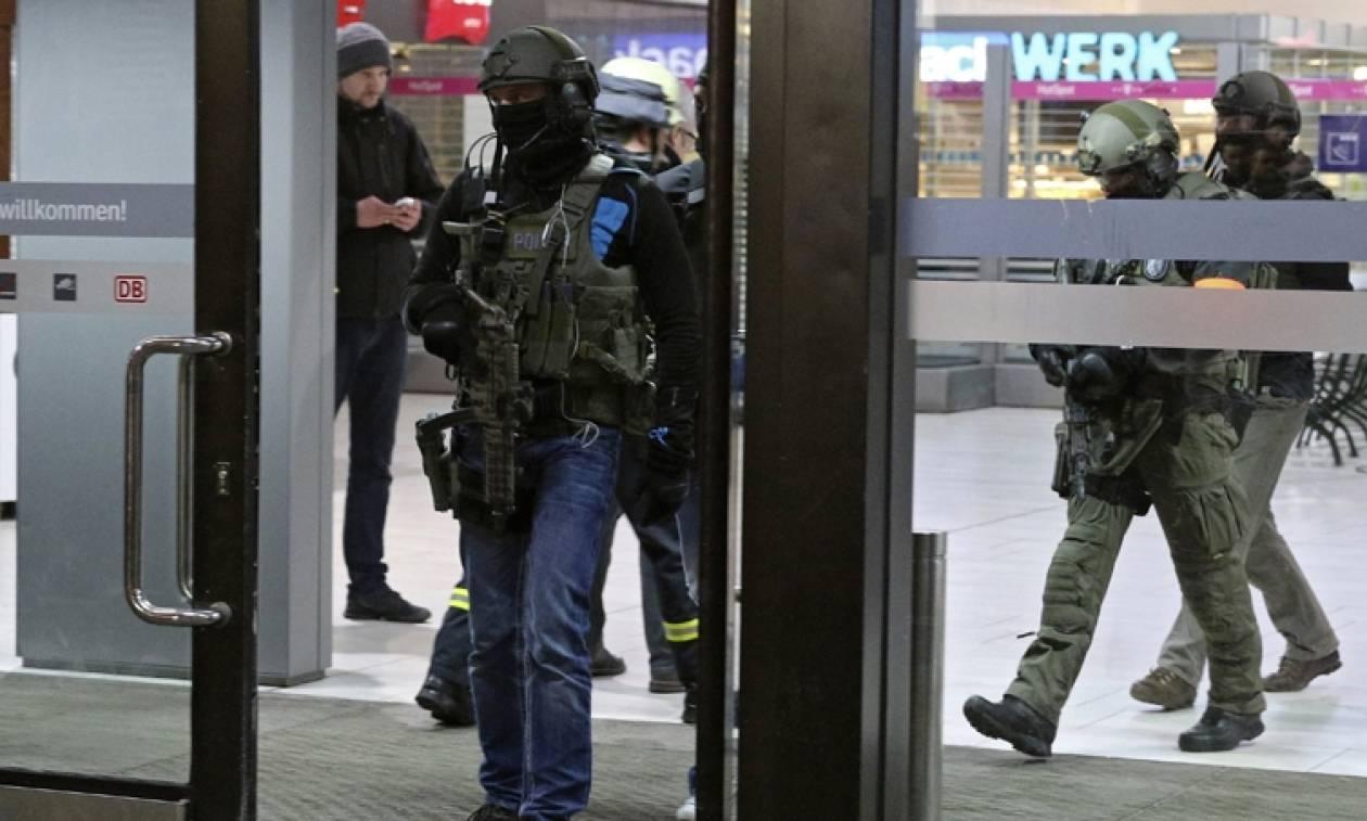 Γερμανία: Mε ψυχικά προβλήματα ο δράστης της επίθεσης σε σταθμό τρένων στο Ντίσελντορφ