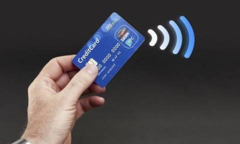 Ραγδαία αύξηση καταγράφεται στη χρήση καρτών για ανέπαφες συναλλαγές