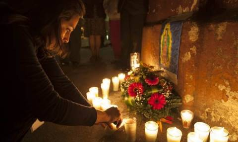 Θρήνος στη Γουατεμάλα για τα 37 νεκρά κορίτσια από πυρκαγιά - Τις είχαν κλειδώσει για τιμωρία