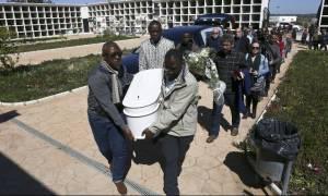 Ισπανία: Κηδεύτηκε ένας εξάχρονος Κογκολέζος, ο «Αϊλάν της Ισπανίας»
