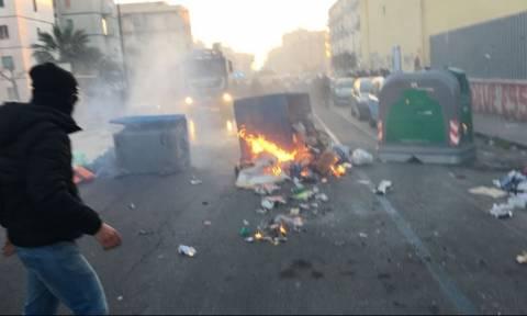 Νάπολη: Άγριες συγκρούσεις μεταξύ κουκουλοφόρων και αστυνομίας