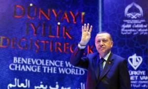 O Ερντογάν «βρυχάται» και απειλεί την Ολλανδία - «Πόλεμος» με την Ευρώπη (pics+vids)
