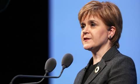 Είδηση-βόμβα: Νέο δημοψήφισμα για την ανεξαρτητοποίηση της Σκωτίας από τη Βρετανία (Vids)