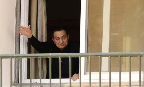 Αίγυπτος: «Πράσινο φως» για την απελευθέρωση Μουμπάρακ