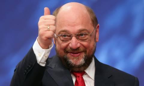 Γερμανία: Η «σεξοβόμβα» Μάρτιν Σουλτς προκαλεί ευφορία στους υποστηρικές του SPD