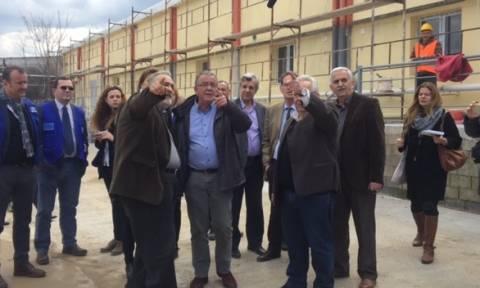 Μουζάλας στα εγκαίνια δομής φιλοξενίας στη Θήβα: Υπάρχει κίνδυνος για νέο κύμα μετανάστευσης (pics)