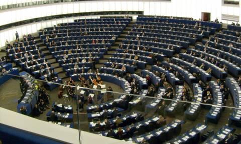 Ευρωβουλευτές ζητούν το «πάγωμα» των ενταξιακών διαπραγματεύσεων με την Τουρκία