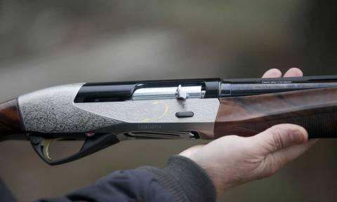 Άγνωστος πυροβόλησε γυναίκα στο Ίλιον