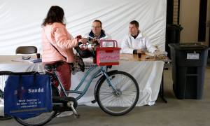 Εκλογές Ολλανδία: Ψηφίζουν ακόμα και σε μπαρ!
