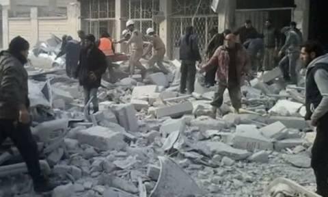 Συρία: 14 παιδιά σκοτώθηκαν σε αεροπορικές επιδρομές στην Ιντλίμπ